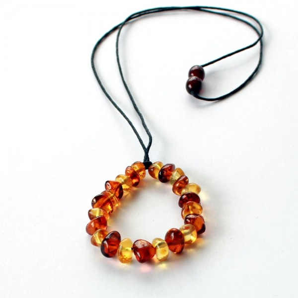 Amber-Nursing-Necklace