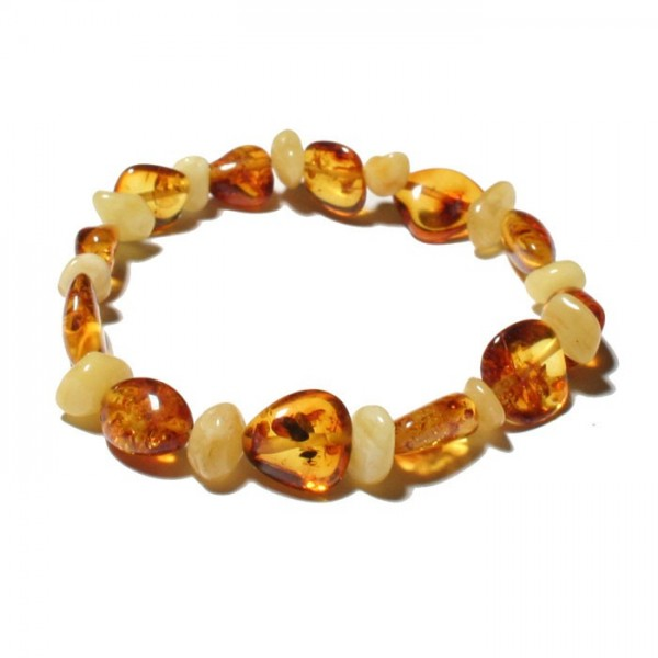 Amber-bracelet-made-of-genuine-Baltic-amber
